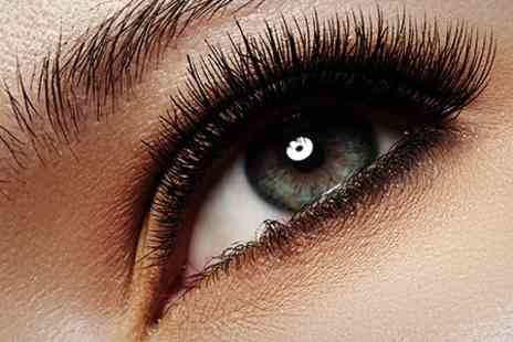 Rejuvenate your spirit - Full Set of Silk Eyelash Extensions - Save 59%
