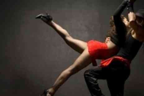 Tropikal Con Salsa - 10 One Hour Lessons of Beginners Salsa - Save 72%