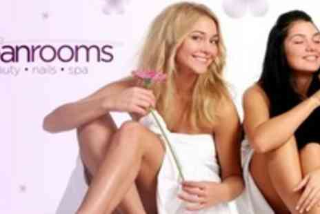 The Urban Rooms - Glamour Package With Luxury Manicure and Pedicure Party Lashes - Save 71%