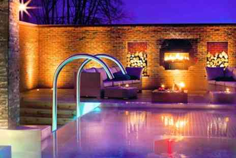 Y Spa at Wyboston Lakes - Award Nominated Spa Day with Treatment & Lunch - Save 49%