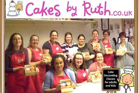 Cakes by Ruth - Three hour cake decorating class - Save 50%
