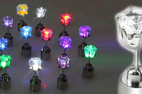 My Avarice - Become the life & soul of the party with this groovy light up LED earrings - Save 69%