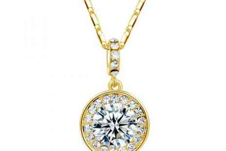 DealWizz - Crystal Necklace Swaroswki Diamond Shaped, Coated 18K Gold - Save 50%