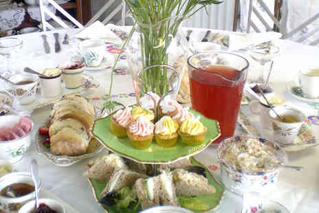 Orangemabel - Vintage High Tea with a Glass of Prosecco Each for Two - Save 53%