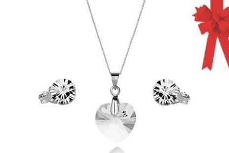 Diamond Style -Stunning Diamond Style Heart Pendant Set Swarovski Elements - Save 47%