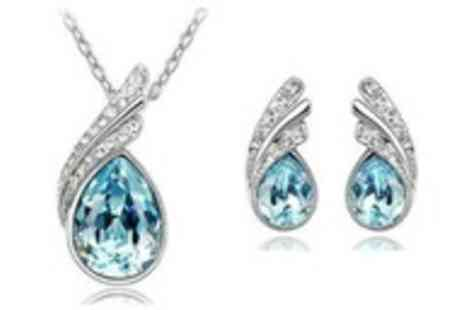 Simply Jewellery - Teardrop pendant necklace and earring set made with Swarovski elements - Save 90%