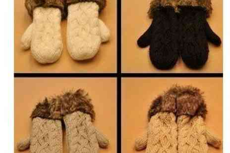 DealWizz - Getting ready for winter Special multicolored gloves with cozy wool The most beautiful - Save 50%