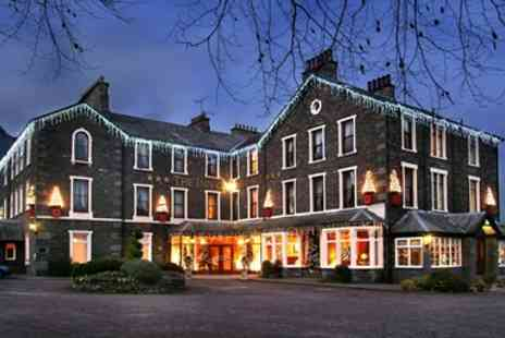 Inn on the Lake -  Overnight Stay w Meals & Mulled Wine - Save 44%