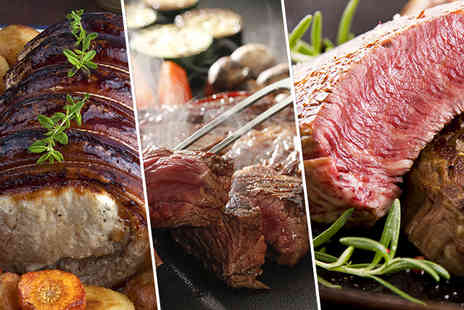 Highland Foods - Winter roasting pack with a range of meats such as steaks lamb and brisket - Save 48%