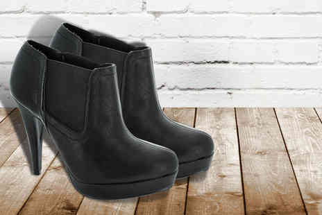Shuperb Footwear - Pair of black stiletto Chelsea boots - Save 72%