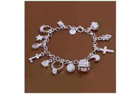 Mega Deals UK - Silver Plated Charm Bracelet - Save 47%