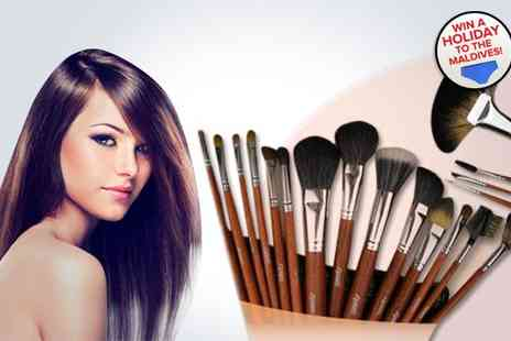 Louise Walsh International - Eighteen piece real hair make up brush set - Save 82%