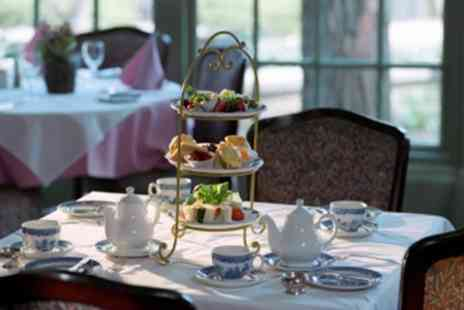HIlton Newport - Festive Afternoon Tea With Mulled Wine - Save 52%