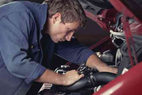 Fast Fit Auto Centre - Car Service With Oil Change - Save 50%