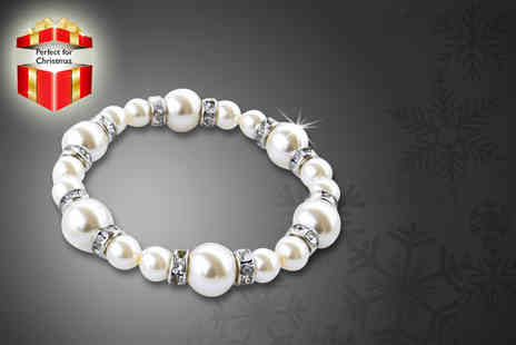 Simply 18K - Faux pearl bracelet with Swarovski Elements crystals, or a freshwater pearl bracelet - Save 89%
