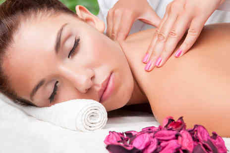 Simply Holistics - One hour massage and a 25 minute Quench facial - Save 74%