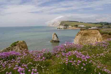 Island View Holidays - Three night  Isle of Wight cottage break for up to 6 - Save 44%