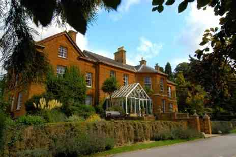 Sedgebrook Hall - One Night For Two With Breakfast  Dinner Wine and Chocolates - Save 47%