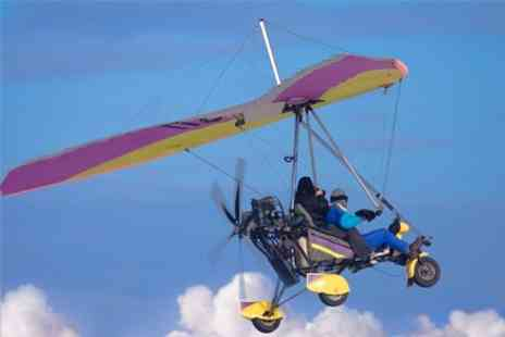 Two Two Fly - Microlight Flying Lesson Plus  Simulation - Save 59%