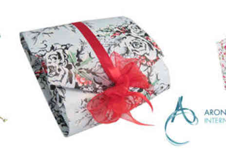 Arona Khan - Entrance To Christmas Gift Wrapping Masterclass with a Glass of Bubbly - Save 66%