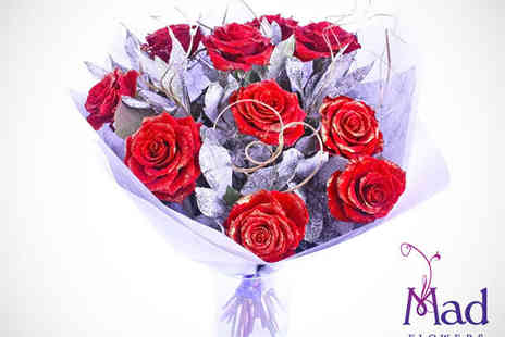Mad Flowers - Voucher for Christmas Rose Bouquet, Including Delivery  - Save 50%
