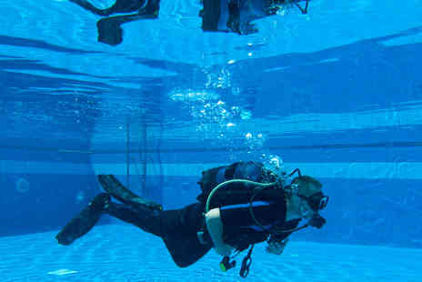Scuba School - Two Hour Beginners Scuba Diving Lesson for One Person - Save 60%