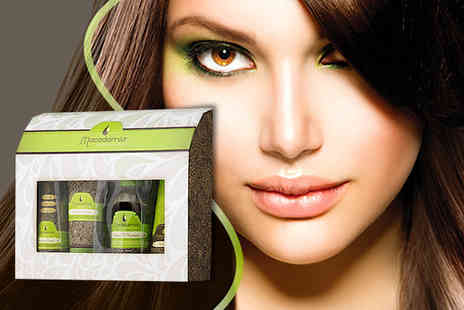 Beauty Expert - Five piece Macadamia Natural Oil Luxe Repair Set - Save 63%