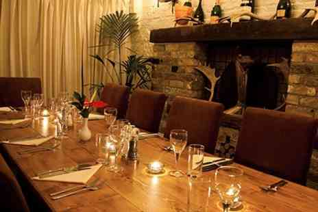The Earl of March - Three Courses of Fine Dining With Prosecco - Save 53%