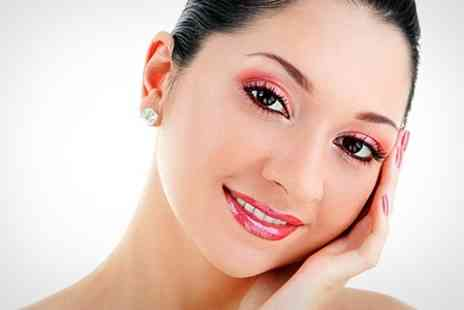Visage Lifestyle Clinic - One Microdermabrasion Sessions - Save 65%