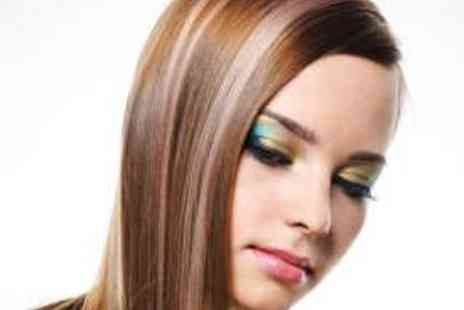 The Cutting Lounge - Full Head of Foils, Haircut, Cleanse, and Finish - Save 56%