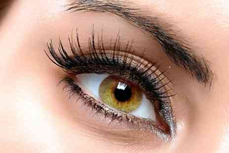 Bella Belle Beauty - Lash Extensions - Save 69%