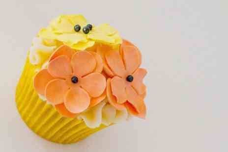 Carroll Cupcake Company - Cupcake Decorating Class - Save 64%