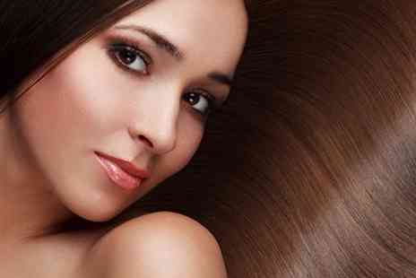 Martinis Pamper Parlour - Keratin Blow Dry With Cut - Save 59%
