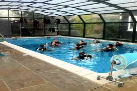London Scuba - Two Hour Discover Scuba  Diving Session - Save 60%
