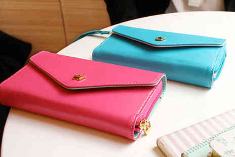 Mobileheads - Envelope purse case for your iPhone Samsung BlackBerry or Nokia smartphone - Save 64%