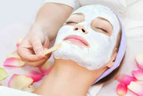 Lindsey Young Beauty - Half Price Luxury Dermalogica facial - Save 50%