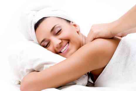 Beauty LA - Back Massage With Cleanse and Exfoliation - Save 67%