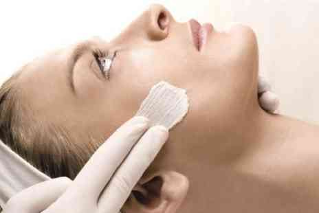 GiGi London Medical Aesthetics - 20 minute Glycolic Facial Peel - Save 68%