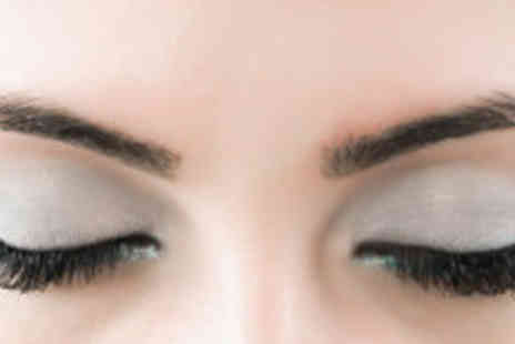 Saasha Hair & Beauty - Two sessions of eyebrow shaping - Save 63%