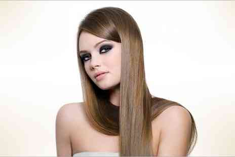 Salon 100 -  Brazilian blow dry - Save 82%