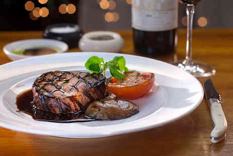 Harrys Bar - Steak meal for 2 includiung chips & wine - Save 51%