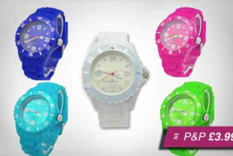 Pamper Me Store - silicone watch in a choice of colours - Save 93%