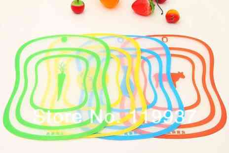 Londeal UK - Set of 4 Colour Coded Plastic Bendable Chopping Boards - Save 69%