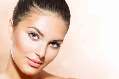 Bee Beutiful - Shrinking wrap and mini Crystal Clear facial - Save 64%