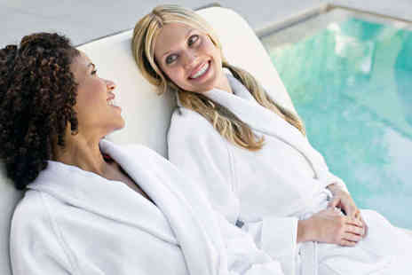 Brampton Manor - Spa Day Pass with Back, Neck and Shoulder Massage - Save 57%