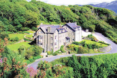 Bae Abermaw - Two night break for 2 people including daily full Welsh breakfast - Save 42%