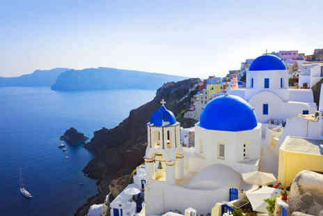 Markezinis Suites - A Private Retreat in a Stunning Santorini - Save 46%