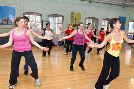 Zumba with Francis Bavin - Ten Zumba Classes - Save 53%