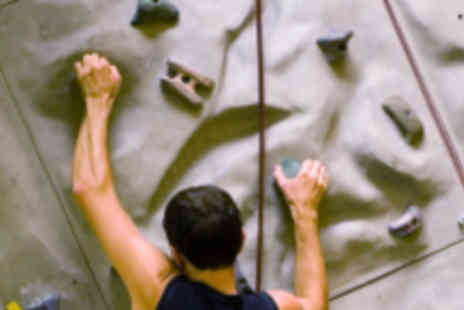 Undercover Rock - 1½ Hour Beginners Rock Climbing Session for Two - Save 60%