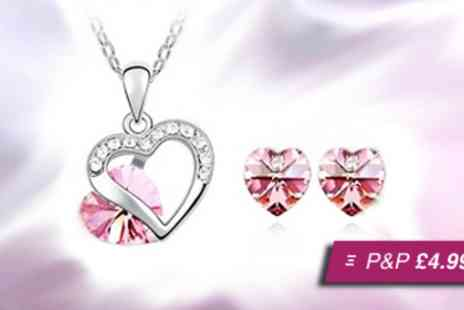 Flutterby Glam - Heart pendant and earring set - Save 80%